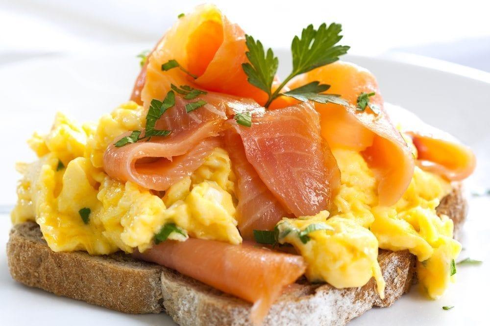 smoked salmon scrambled egg