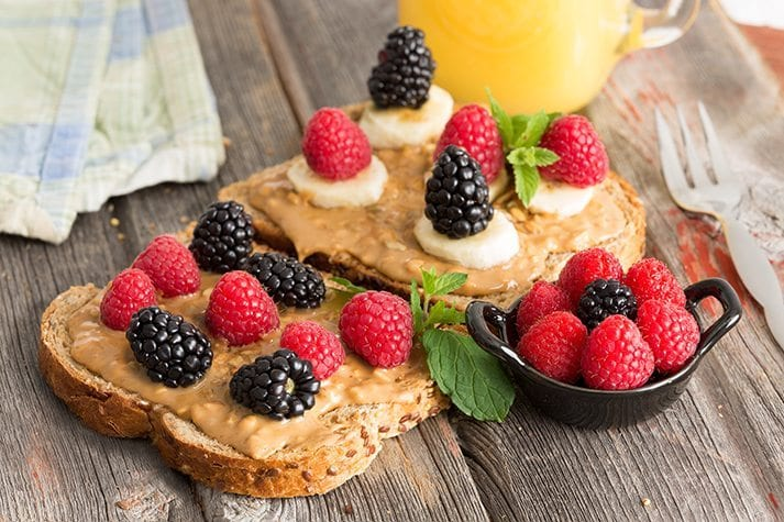 diet, weight loss, lose weight, peanut and berry toast,